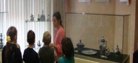 Выставка в музее «Сине-голубая сказка  ГЖЕЛИ»